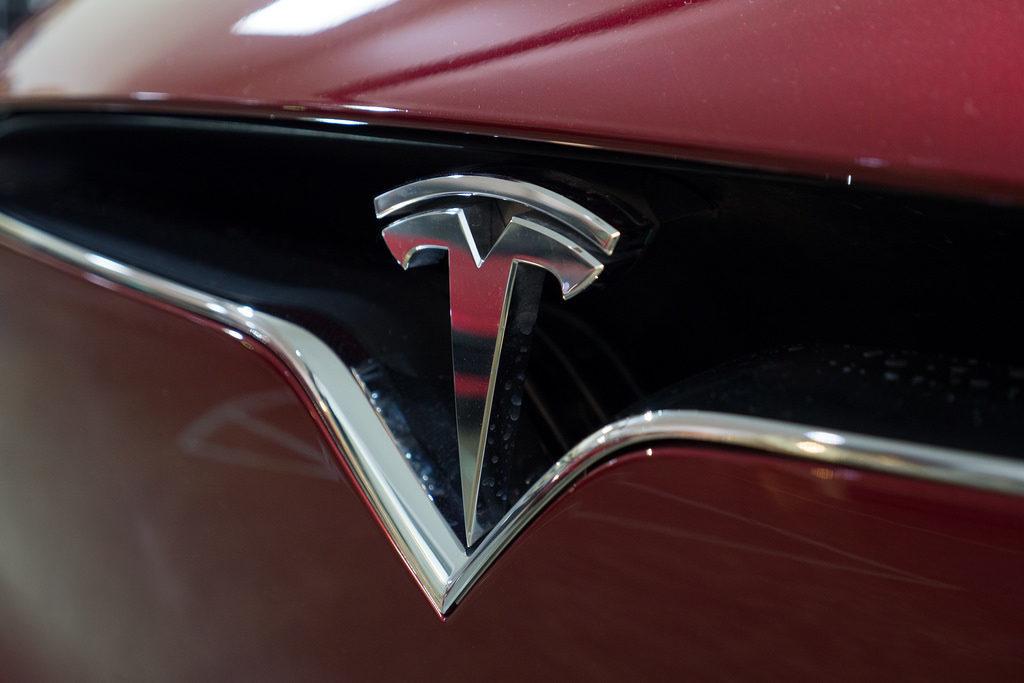 Tesla Model Y | ROS finance