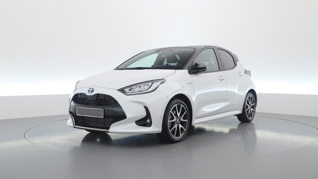 De nieuwe Toyota Yaris in het wit.